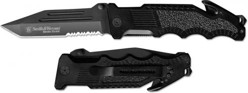 Smith and Wesson Border Guard 2, Part Serrated, SW-BG2TS
